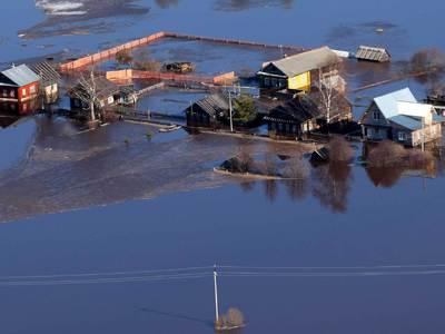 Ускоренное таяние снегов привело к сильному паводку в Оренбургской области