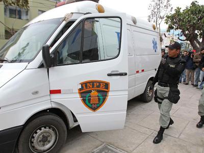 В Перу грузовик протаранил мотоцикл и микроавтобус: погибли 19 человек