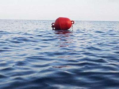 Рыбак взял в заложники буй и потребовал выкуп у геологической службы