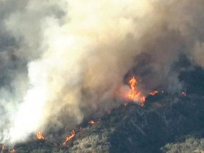 Лесной пожар в Калифорнии: один человек погиб, двое ранены