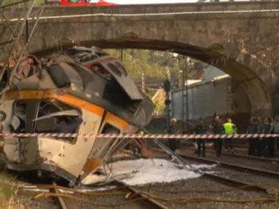Крушение поезда в Испании: число погибших продолжает расти