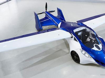 Названы цена и время начала продаж словацкого летающего автомобиля