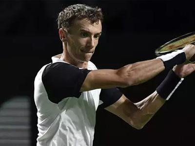 Кузнецов и Эванс сыграют в полуфинале теннисного турнира в Сиднее