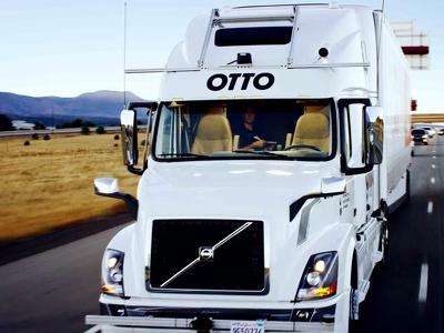 Самоуправляемый грузовик Uber впервые доставил 50 тысяч бутылок пива