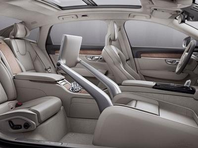 Volvo собирается стать мировым лидером в дизайне беспилотных интерьеров