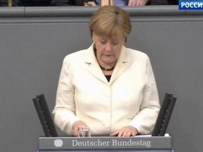 Меркель примеряется к роли антироссийского лидера Запада