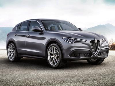"""Alfa Romeo представила """"дешевую"""" версию нашумевшего кроссовера"""