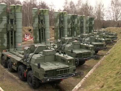 Российская армия получила партию новейших С-400