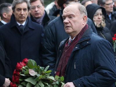 Зюганов: Чуркин родился дипломатом, восполнить потерю будет крайне сложно