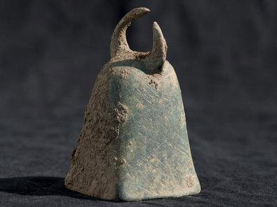 На Корсике нашли храм Митры