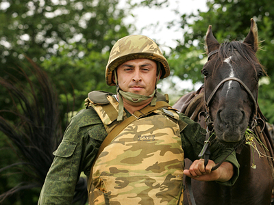 Горные стрелки проводят весеннее техобслуживание лошадей