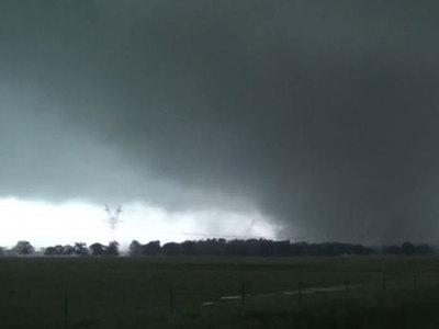 """Ураган """"Харви"""" достиг побережья Техаса и движется вглубь штата"""