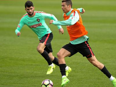 Криштиану Роналду и Луиш Нету вошли в состав сборной Португалии