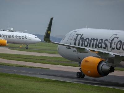 В Манчестер из-за поломки крыла вернулся самолет