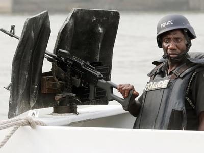 Смертники убили 16 человек в Нигерии