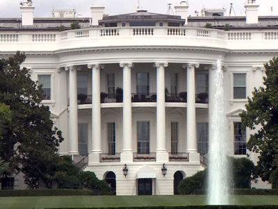 Подозрительная сумка: в Белом доме введен режим ЧП