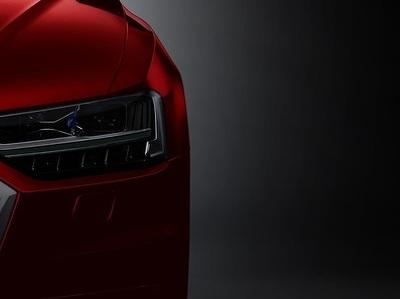 """Новый Audi A8 засветился живьем на премьере """"Человека-паука"""""""