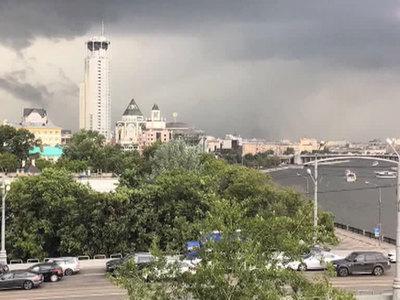 Москву ждет гроза с сильным ветром