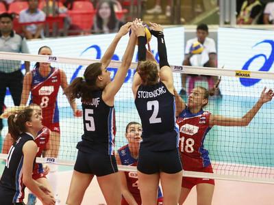 Волейболистки России уступили дома сборной Голландии