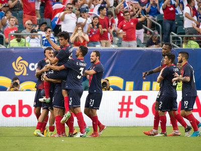 Кубок КОНКАКАФ. Сборные Коста-Рики и США вышли в полуфинал