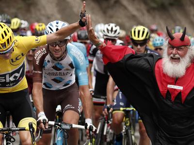 """Тур де Франс. Фрум сохранил лидерство перед """"разделкой"""""""