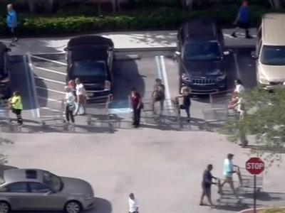 "В ожидании ""Ирмы"": Трамп объявил режим ЧП во Флориде и Пуэрто-Рико"