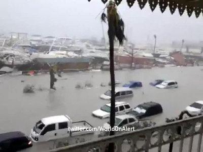 """""""Харви"""", """"Ирма"""", """"Катя"""": на Атлантическое побережье Америки обрушились мощнейшие ураганы десятилетия"""
