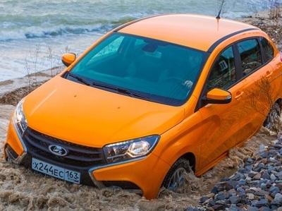 """АвтоВАЗ"" отзовет на сервис почти 20 000 Xray"