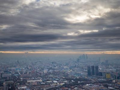 В Москве ожидается сухая и тихая погода