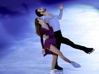 Французы Пападакис и Сизерон выиграли соревнования танцоров на этапе Гран-при  в Гренобле