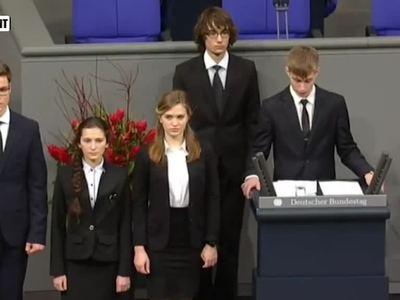 Вырезали самое важное: школьник c Ямала рассказал о выступлении в Бундестаге