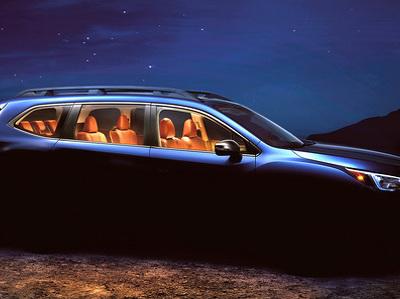 Subaru показала фото новейшего 7-местного кроссовера