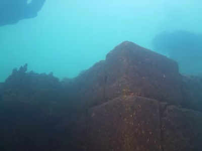 На дне турецкого озера нашли древнюю крепость