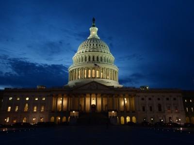 Блумберг: налоговая реформа не поможет экономике США