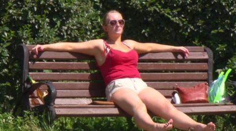Россиян предупредили об экстремальной жаре выше +35