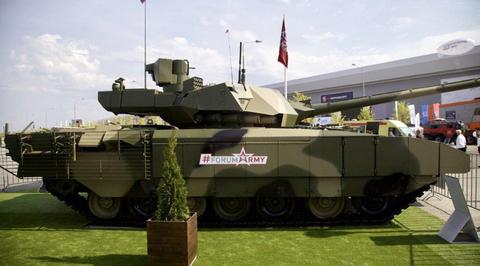 """Чемезов: танки """"Армата"""" в армию пока не пришли"""