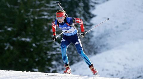 Российские биатлонисты победили в смешанной эстафете на этапе Кубка IBU