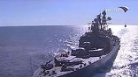 """Пиратоопасный участок Аденского залива под защитой большого противолодочного корабля """"Адмирал Пантелеев"""" преодолел многонациональный конвой в составе шести судов"""
