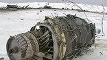 Ил-76 повело вправо сразу после отрыва от земли. Экипаж попытался прибавить тягу и вернуться на полосу, но машина не продержалась в воздухе и двух минут - с сильным креном рухнула на землю и загорелась