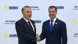 Казахстан, как председатель ОБСЕ, отвёл для гостей саммита с чисто казахским гостеприимством чуть ли не полстолицы