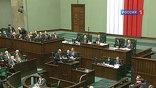 Туск, конечно, не упомянул об этом, но все и так знают – осенью в Польше выборы в парламент. И трагедия с погибшим самолетом превращается в предмет спекуляций