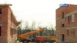 До этого здесь никогда не было строительной техники. На месте пустыря в Назрани возводят большой (на 100 мест) онкологический диспансер и поликлинику.