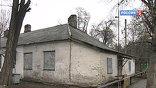 Маленькому Алёше было семь лет. Жил он в домике на территории дачного посёлка микрорайона Молодёжный, это окраина Новочеркасска, вместе с двумя младшими сёстрами и бабушкой