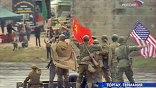 На самом деле 25 апреля 1945-го такая машина Эльбу не форсировала, и уж тем более не было совместного размахивания флагами