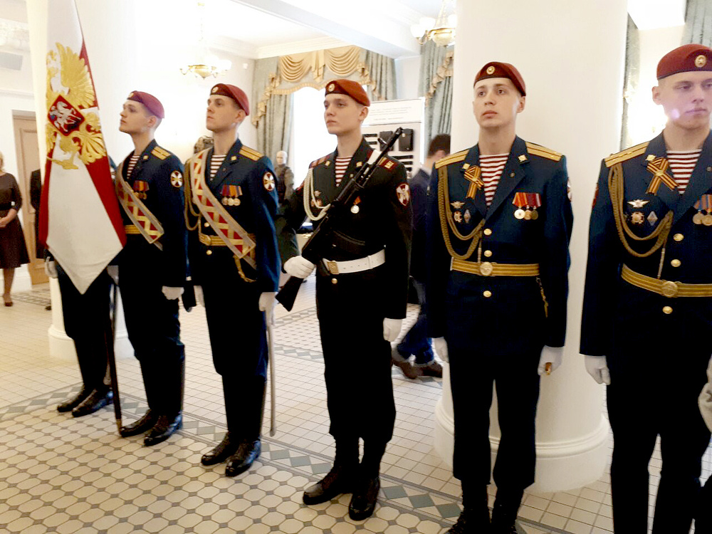 Вдивизии имени Дзержинского презентовали новейшую форму Росгвардии
