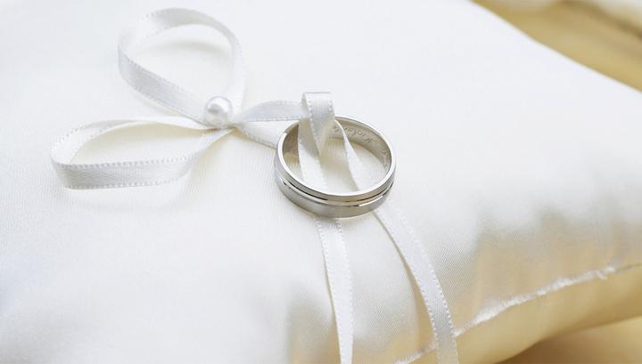 Индиец женился сам на себе, устав от давления родственников