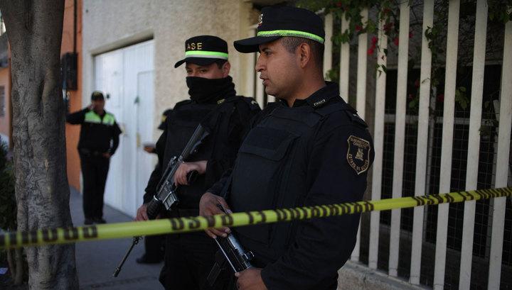 В Мексике неизвестные открыли стрельбу на петушиных боях, два человека погибли