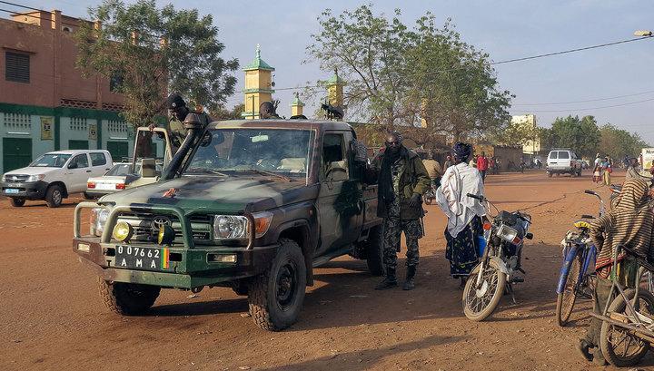 Серия взрывов произошла у военных баз в Мали