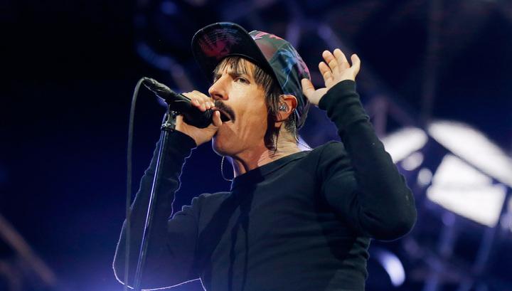Концерт Red Hot Chili Peppers у пирамид будут транслировать онлайн
