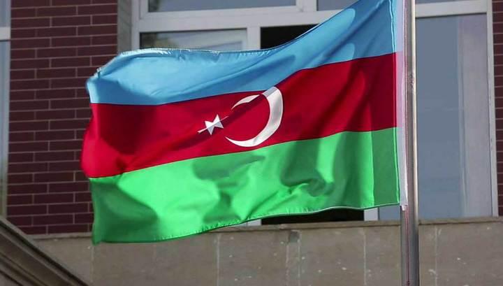 Сразу два самолета запросили экстренную посадку в Баку